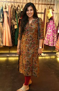 designer kurtis for girls by manish malhotra Salwar Neck Designs, Churidar Designs, Kurta Neck Design, Kurta Designs Women, Dress Neck Designs, Printed Kurti Designs, Simple Kurti Designs, Kalamkari Dresses, Kurta Patterns