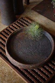 Rustic, Junk style, Junk elegance, air plants, earthenware, Shabby Chic, Kyoto Antiques HANAMIZUKI
