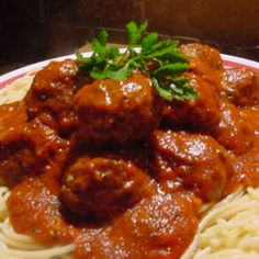 SPAGHETTI AND MEATBALLS (ITALIANO) Recipe | Just A Pinch Recipes