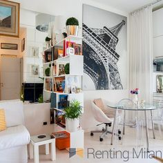 Wonderful single apartment available from July at #corsosempiome right at #parcosempione only on #rentingmilan ask us about it now info@rentingmilan.com