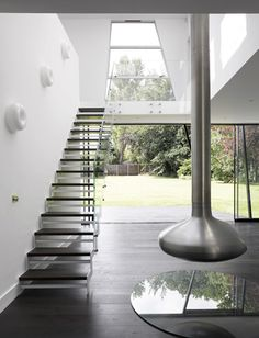 Trish House Yalding by Matthew Heywood #interiors I would put an hand rail, for people who are handicap, [like me] i will need help.