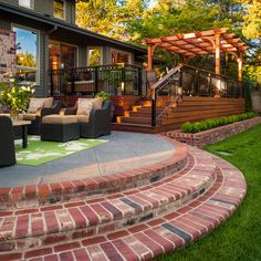 Wow, I love this backyard! Will be stealing a few ideas from this one...Before & After | www.paradiserestored.com