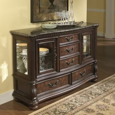 Samuel Lawrence San Marino Server - Order today to get an affordable price from Coleman Furniture and pay nothing for shipping. Online Furniture Stores, Furniture Manufacturers, Furniture Companies, Stone Backyard, Types Of Cabinets, Cabinet Types, Wood Buffet, New Interior Design, Wood Drawers