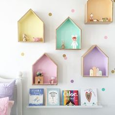 ▷ Ideen und Inspirationen für ein DIY Wandregal 1001 ideas and inspirations for a DIY wall shelf diy wall shelf kids room colorful wooden shelving small figures books bed The post 1001 ideas and Pastel Girls Room, Pastel Bedroom, Room Girls, Pastel Nursery, Pastel Room Decor, Pastel Walls, Dollhouse Shelf, House Shelves, Wall Shelves