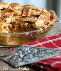 Delicious Caramel Apple Pie