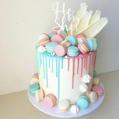 Baby Shower Cake Gender Reveal Party Food and Baby Shower Drinks Ideas Tags: gender reveal party … Baby Cakes, Baby Shower Cakes, Gateau Baby Shower, Baby Reveal Cakes, Idee Baby Shower, Baby Shower Drinks, Baby Shower Desserts, Cupcake Cakes, Gender Reveal Cakes