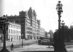 Windsor Hotel on Spring St, Melbourne from the Treasury Building in 1884.