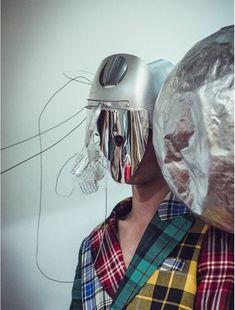 Inspiration Coiffure  : le look beauté du défilé Charles Jeffrey LOVERBOY   https://flashmode.be/inspiration-coiffure-le-look-beaute-du-defile-charles-jeffrey-loverboy-4/  #Coiffures