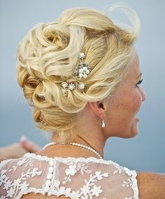 short hairstyles for wedding mother of groom | beach wedding hairstyles - bridal updo for beach weddings|Hairstyles ...