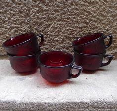 tazas-lumimarc-cristal-rojo-vintage-mementosbcn-3