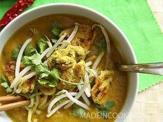 Recette de Soupe de butternut, coco et au curry vert : la recette facile