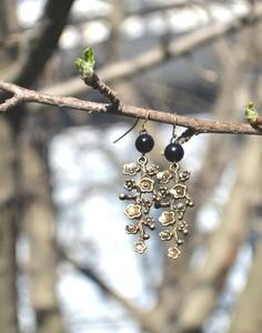 Dark Beauty Earrings