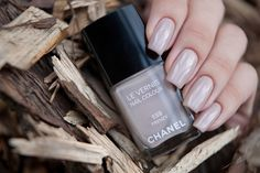 *Chanel 559 Frenzy/ Fall 2012/ Les Essentiels de Chanel Collection