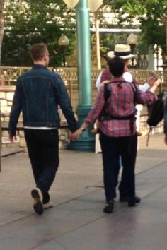 Josh Dallas and Ginnifer Goodwin at Disneyland (April Ginny Goodwin, Josh Dallas And Ginnifer Goodwin, Snow And Charming, Mary Margaret, Captain Swan, Hocus Pocus, Ouat, Best Shows Ever, Once Upon A Time