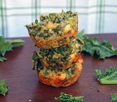 Love these green quinoa muffins! Healthy breakfast recipe, freezer friendly, too!