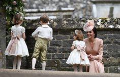 Prachtige Pippa straalt op het huwelijk van het jaar - Het Nieuwsblad: http://www.nieuwsblad.be/cnt/dmf20170520_02891623?_section=7707159