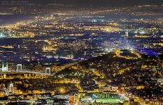 Wow, Budapest, by night!