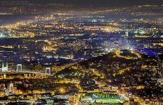 Budapest, Hungary (Rizsavi Tamás) uploaded by Havas Eva Tres Jolie Photo, Places Around The World, Around The Worlds, Capital Of Hungary, Heart Of Europe, City Landscape, Beautiful Images, Night Life, Adventure Travel