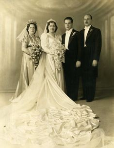 Lace Wedding, Wedding Dresses, Vintage Bridal, Wedding Styles, The Past, Bride, Party, Fashion, Bride Dresses