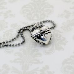 Once Upon A Time Evil Queen Heart Necklace by JegasCreations, $16.95