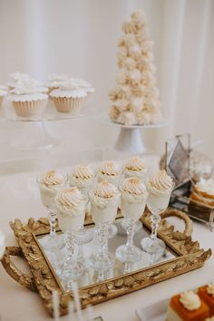 Fall wedding ideas dessert table glasses filled with custard and meringue mirror gold ornate tray Fall Wedding Centerpieces, Fall Wedding Cakes, Wedding Cake Rustic, Fall Wedding Desserts, Wedding Ideas, Gold Wedding, Wedding Decorations, Cute Desserts, Fall Desserts
