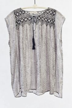 Tilda Top Same idea… Would be great with long sleeved undershirt and skirt or tight pants