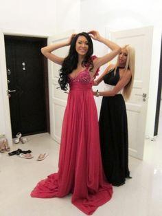 <3 her dress