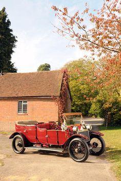 The Maharajah of Lanchester Detachable Top Open Drive Limousine Chassis no. Vintage Cars, Antique Cars, Jaguar Daimler, Veteran Car, Old Cars, Motor Car, Classic Cars, Automobile, Engineering