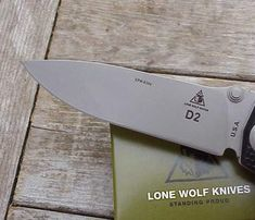 Lonewolf Harsey D-2 Double Action, Adams International Knifeworks Buck Knife 110, Unique Knives, Knife Stand, Automatic Knives, Buck Knives, Light In The Dark, Action, Group Action