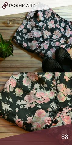 Silk Button Up Floral Crop Top Silk button up floral print crop top. Bought off another Posher, but apparently crop tops are not my thing 😞 Has a few loose threads here and there, but otherwise seems to be in good used condition. Tops Blouses