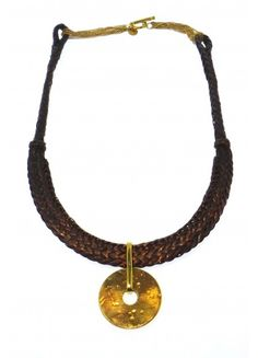The earthy feel of this work mixing the natural elements nature makes it a work of art.  http://www.pembaboutique.com/jewellery/necklace-martinique
