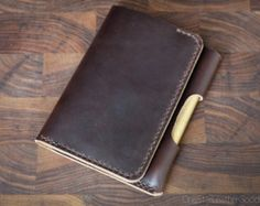 Field Notes wallet with pen sleeve Park by OneStarLeatherGoods