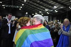 Svolta storica in Irlanda, sì ai matrimoni gay. Festa a Dublino - Rai News