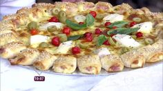 Pizzaiolo ensina Ana Maria Braga a fazer bordas estilizadas e recheadas