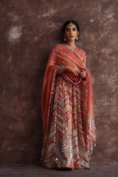 Dress Indian Style, Indian Dresses, Indian Outfits, Shadi Dresses, Ethnic Outfits, Pakistani Wedding Outfits, Bridal Outfits, Latest Pakistani Dresses, Indian Attire