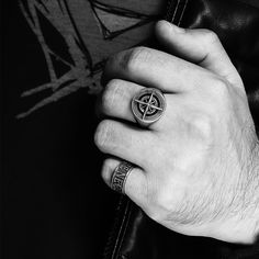 Black Diamond Jewelry, Diamond Gemstone, Gemstone Rings, Floral Engagement Ring, Engagement Rings, 925 Silver, Silver Rings, Man Ring, Men Cave