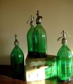 Vintage Seltzer Bottle - Dark Green (Rare) 🌸 🌹 ᘡℓvᘠ □☆□ ❉ღ happily // ✧彡●⊱❊⊰✦❁❀‿ ❀ ·✳︎· TH APR 13 2017 ✨ ✤ॐ ✧⚜✧ ❦♥⭐ ♢∘❃ ♦♡❊ нανє α ηι¢є ∂αу ❊ღ༺✿༻✨♥♫ ~*~ ♆❤ ☾♪♕✫❁✦⊱❊⊰●彡✦❁↠ ஜℓvஜ 🌹.