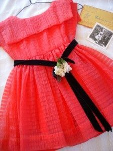Adorable 1960 little girls dress. Vintage Baby Clothes, Dresses, Infant Care Products, Feeding Items amp; More | Big Fashion Show little girls dresses