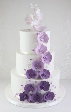 Wedding Cakes - The Fairy Cakery - Cake Decoration and Courses based in Wiltshire #weddingcakes