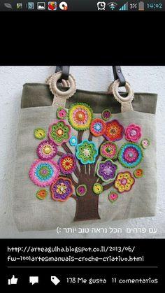Con flores a crochet