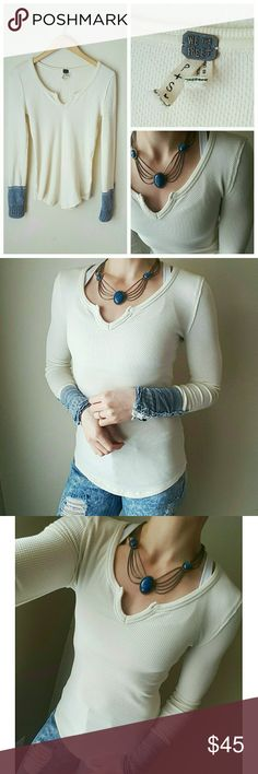 💙Free People Thermal💙 Excellent condition! Like new! No stains! Could fit a sm/med! It's an off-white color! Free People Tops Tees - Long Sleeve