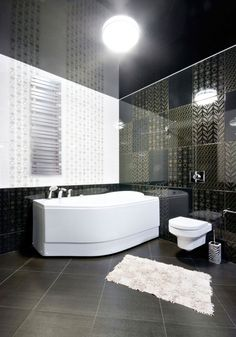 Black and White Bathroom Design Ideas with a modern, luxurious premium tiles and decor. Marble and gold finishes white and black themed bathroom wainscoting White Bathroom Interior, Eclectic Bathroom, Diy Bathroom Decor, Modern Bathroom, Master Bathroom, Bathroom Ideas, Bathroom Designs, Black Toilet, Glass Countertops