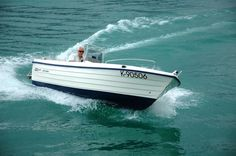 Fast electric boat for coastal and inland waters.