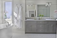 good gray shaker cabinets on gray cabinets contemporary bathroom veranda interiors gray shaker cabinets Grey Bathroom Cabinets, Grey Bathroom Vanity, Gray And White Bathroom, Gray Vanity, Grey Cabinets, Bathroom Renos, Small Bathroom, Bathroom Ideas, Shaker Cabinets