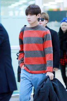 [AIRPORT] 151103: BTS V (Kim Taehyung) #bangtan #bts #bangtanboys #airport #fashion #style #kfashion #kstyle #korean #kpop