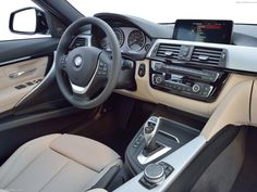 BMW 3 Series 2016 (1600x1200)