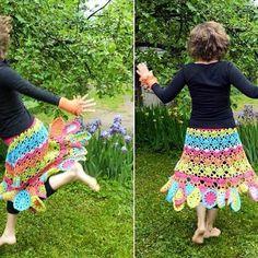 #crochetskirt #colorful #madetoorder #cotton #summer2016 #dancinginthegarden #MianVirkkuut #virkattuhame #värikäs #puuvilla #kesä2016 #tanssiapuutarhassa #tilaustyö #kesäkäsityö