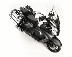 Officine GP Design Suzuki Burgman.