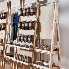 Portable double unit: shelving unit and clothes rail pop up image 1 Clothing Displays, Clothing Ideas, Clothing Booth Display, Apparel Clothing, Market Displays, Retail Displays, Window Displays, Pop Up Market, Wood Display