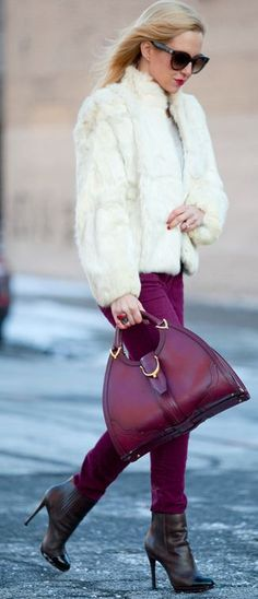 2013 latest Gucci handbags online outlet, cheap MCM purses online outlet, free shipping cheap Gucci handbags outlet.